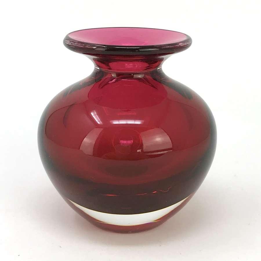 Vicke Lindstrand Small Red Vase Kosta, Sweden 1960s