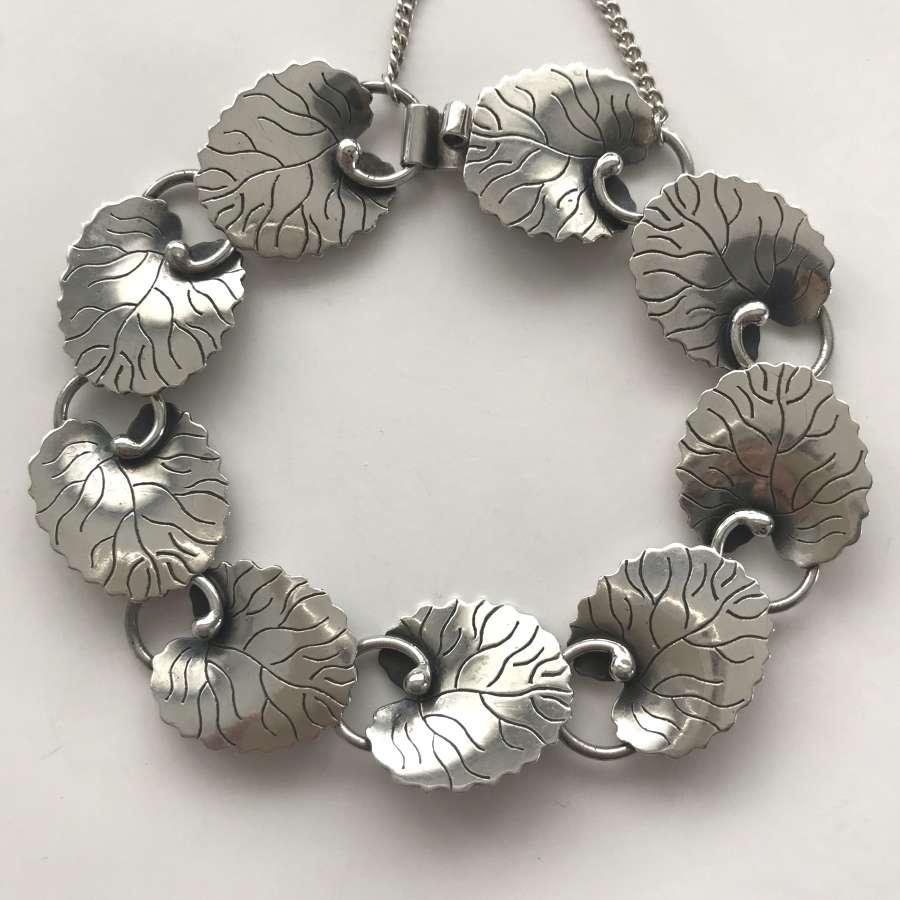 Arvo Saarela silver leaves bracelet, Sweden 1957
