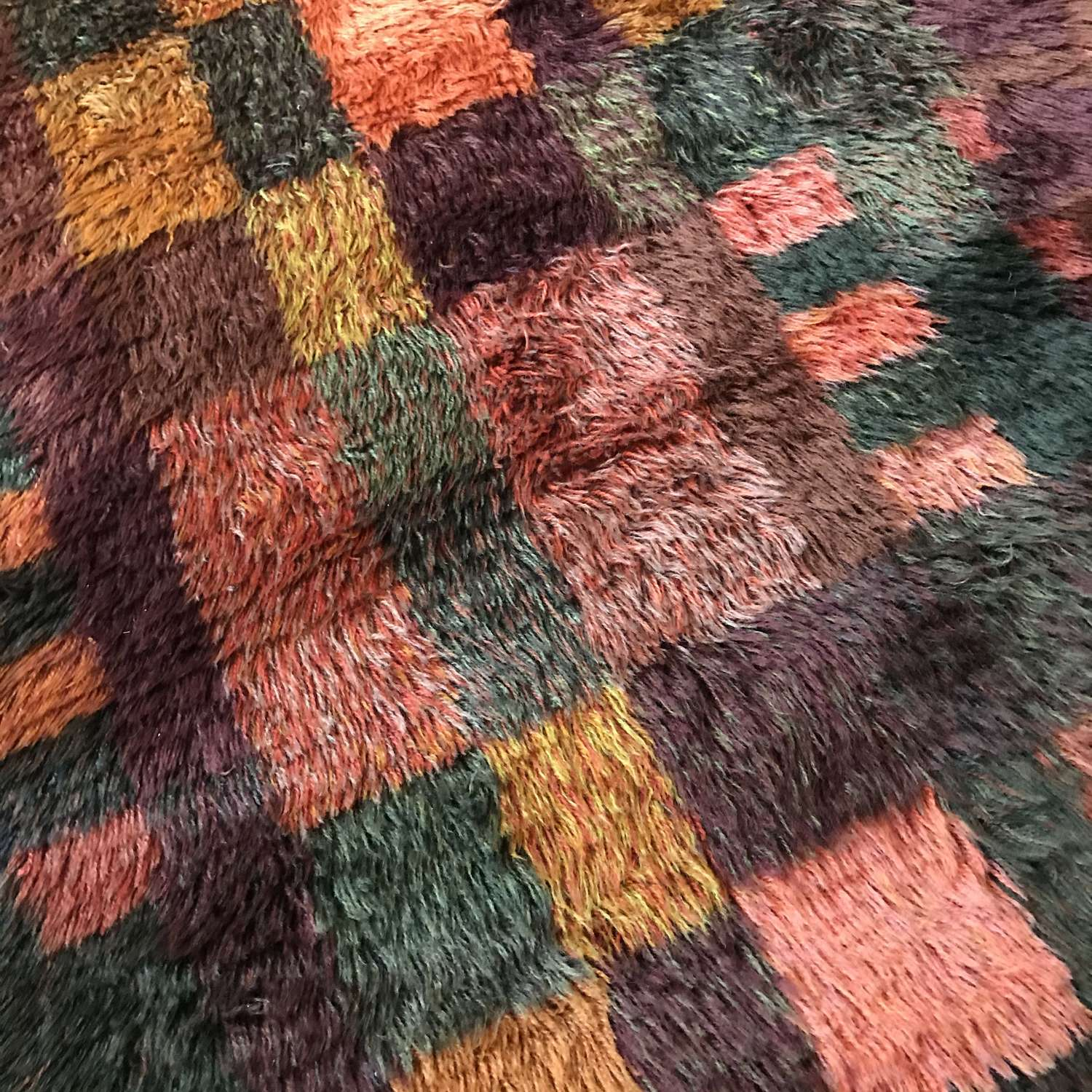 Swedish, hand-knotted, rya rug in russet and copper colours, 1960s