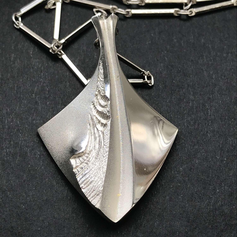 Matti Hyvärinen 'Chilled Champagne' pendant and chain, Finland 1970s