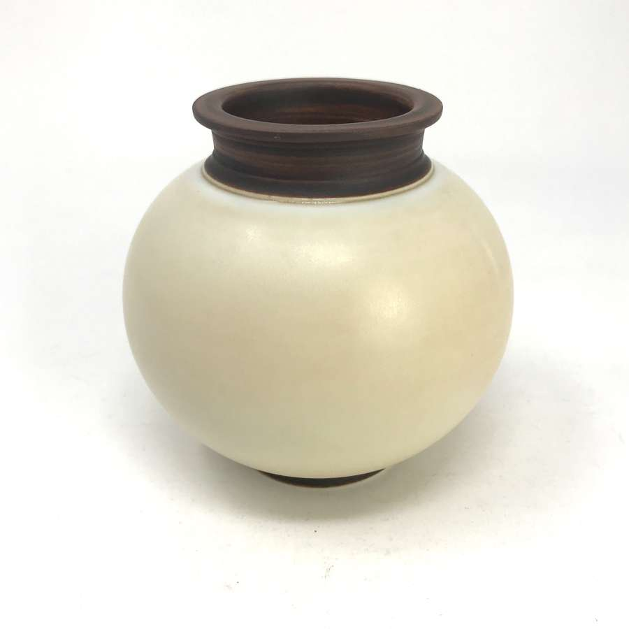 Gunnar Nylund ball-shaped bowl Lidköping Sweden 1930s